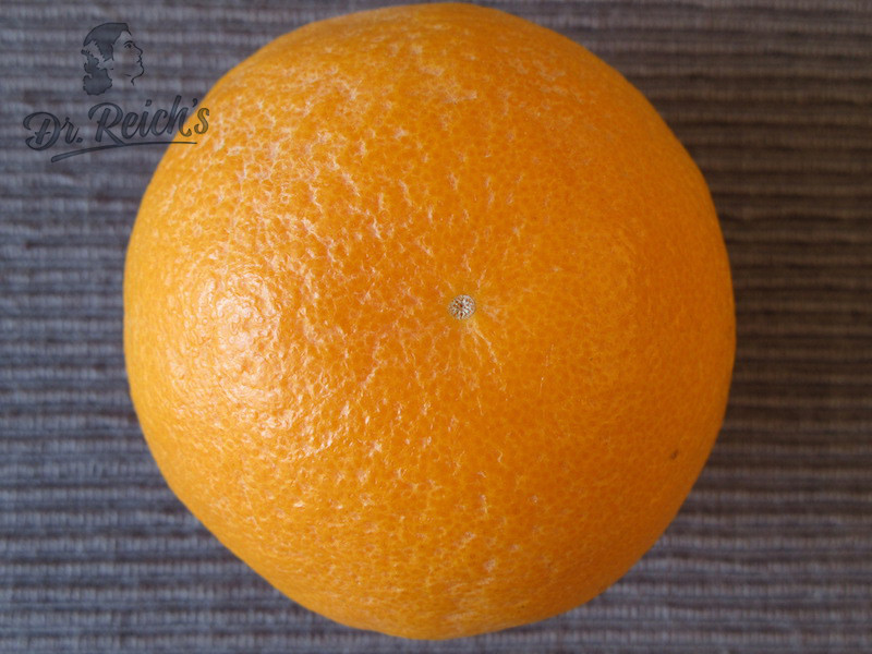 DrReichs Fodmap Schoko Mousse Zutat Zesten einer Bio-Orange