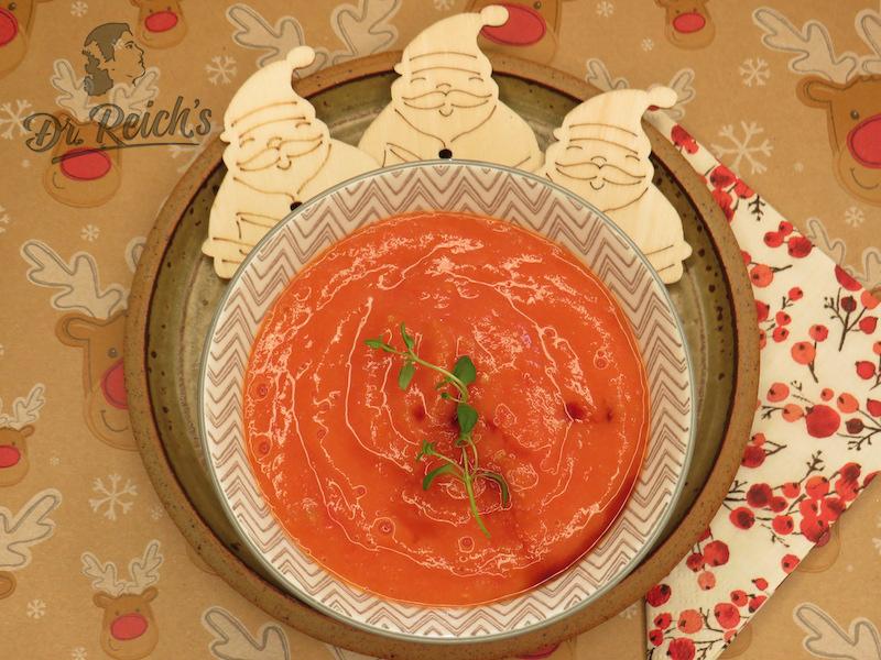 Weihnachten mit FODMAP Vorspeise gegrillte Tomatensuppe von Dr. Reich´s mit Deko