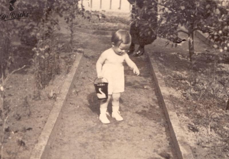 Dr Reichs in jungen Jahren bereits beim Urban Gardening