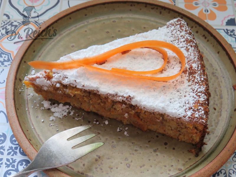 FODMAP Kuchen ohne Mehl, Dr. Reich´s Rüblitorte - zum Anbeißen saftig und frisch